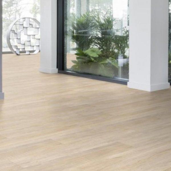 gerflor creation 30 clic 0848 swiss oak beige pavimento chiaro effetto legno