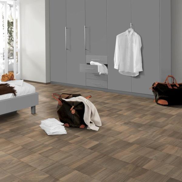 pavimenti-sughero-egger-noce-sarria