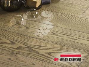 Parquet laminato impermeabile per il bagno Acqua+ Egger